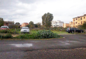 Lo stato attuale del parcheggio in Via Aldo Bibolini